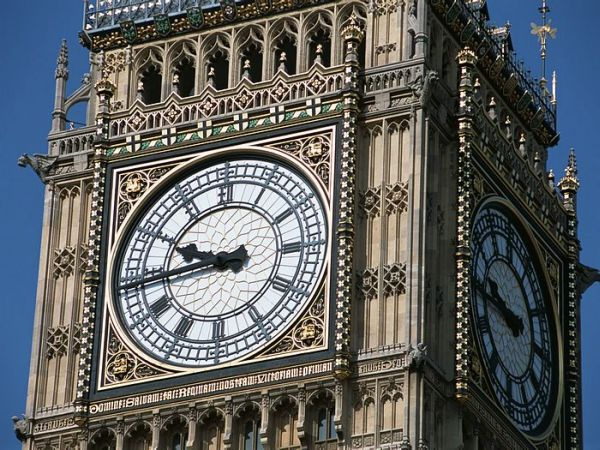 the big ben to go solar powered