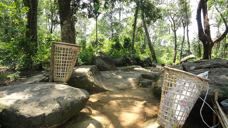 Cleanest village in Asia - Mawlynnong basket
