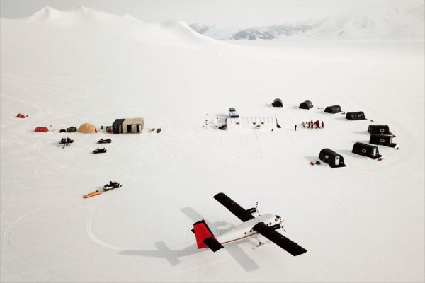 Airbnb is Providing Once-in-a-lifetime Opportunity to Visit Antarctica on One Month Scientific Expedition