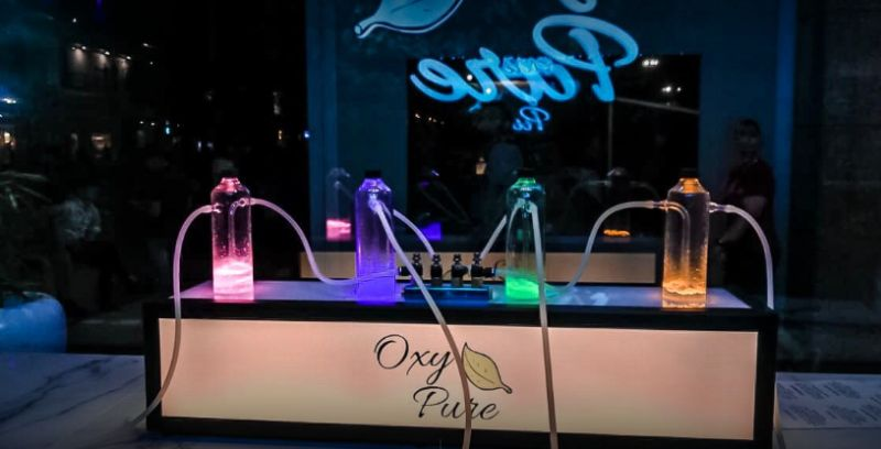 Oxygen Bar in Delhi is providing Fresh Air Infused with Variety of Aromas to People