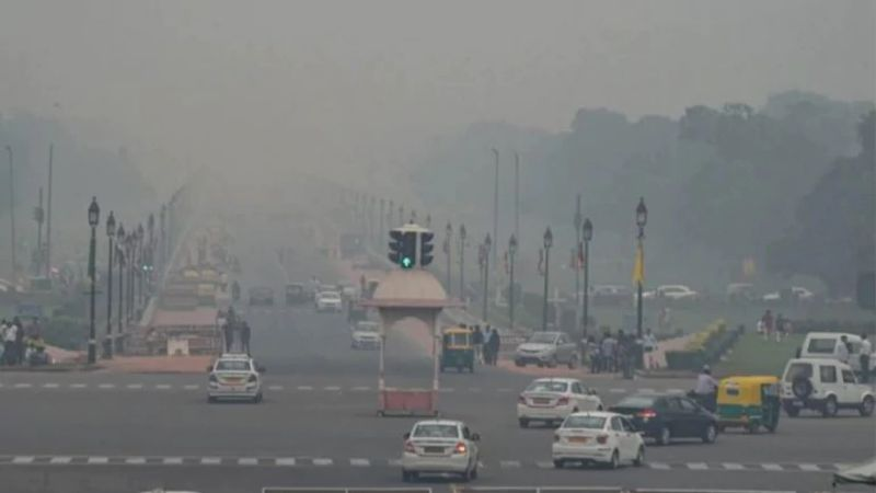 Poison in the Air: Depressing Story of Slow Death of Delhi Owing to Air Pollution