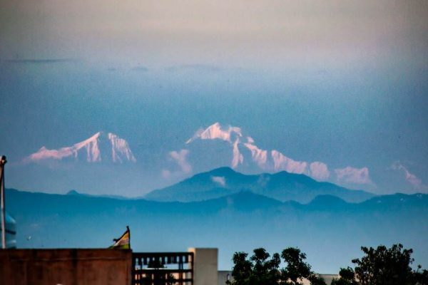 Gangotri Mountains Visible from Saharanpur Utter Pradesh-Coronavirus Lockdown