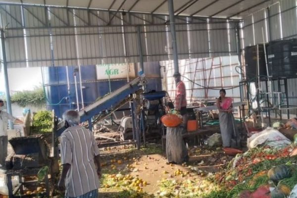 Hyderabad Market Turns Tonnes of Waste into Biofuel Every Day