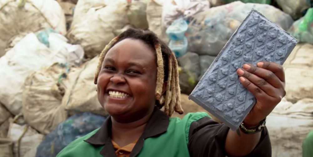 Kenyan Woman Recycles Plastic Waste into Bricks