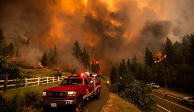 Bootleg Fire in Oregon Burns 340,000 Acres and Prompts Evacuation
